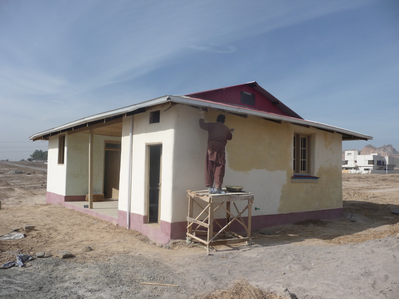 Update on Straw Bale Building in Pakistan